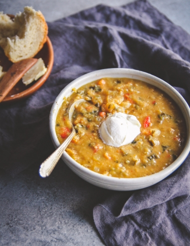 Healthy Slow Cooker Lentil and Vegetable Soup