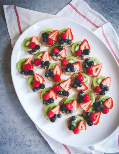 Whole Wheat Fruit Pizza Cookies