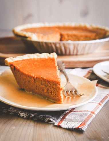 Easy 5 Ingredient Pumpkin Pie Recipe